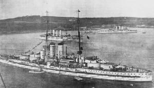 la corazzata Viribus Unitis, da cui fu presa la catena dell'ancora ricollocata nel Monumento ai Caduti di Pescasseroli