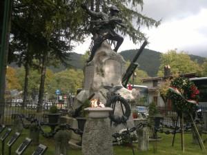 monumento ai caduti di Pescasseroli il 4 novembre