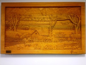 'La pastorizia', una delle opere dell'artigiano don Peppe in una sala del Museo naturalistico del Parco (foto Stefano Dark)