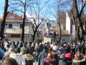 cerimonia di benedizione della Madonna Immacolata in Piazza Sant'Antonio
