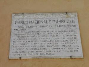 epigrafe del Parco sul municipio in Piazza Sant'Antonio