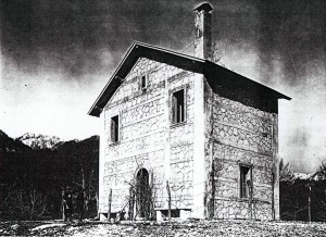 vecchia fotografia del Rifugio della Difesa (foto PNALM)